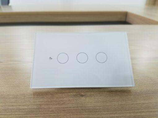 Công tắc 3 nút thông minh