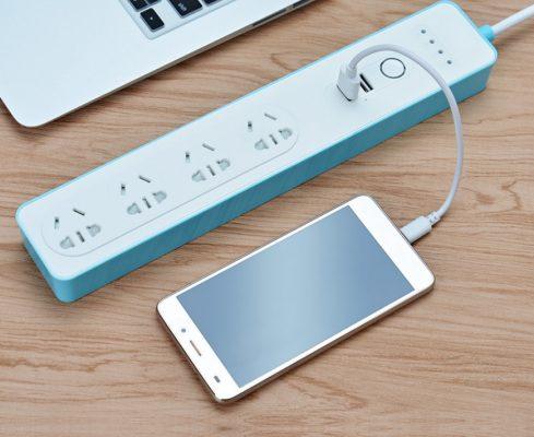 Ổ cắm tích hợp 2 cổng sạc USB để sạc cho điện thoại và máy tính bảng