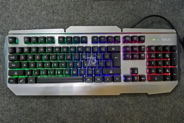 Bàn phím giải cơ RG500 có màu sắc bắt mắt